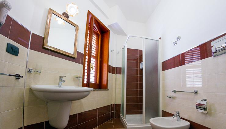 Private Bathroom B&B